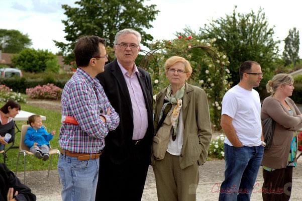 Lionel Faye, Maire de Quinsac, Marie-Claude et Jean-Marie Darmian, Vice-président du Conseil général de la Gironde. Festival JAZZ360 2012, Cénac, 08/06/2012