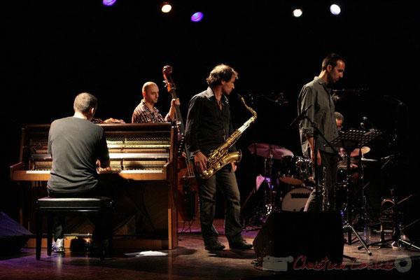 Jean-Yves Jung, Mauro Gargano, Frédéric Borey, Sylvain Gontard, Roger 'Kemp' Biwandu; Roger Biwandu Quintet, Festival JAZZ360, Cénac 03/06/2011