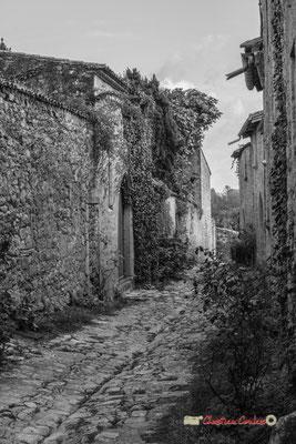 Rue du Port Nava. Cité médiévale de Saint-Macaire. 28/09/2019. Photographie © Christian Coulais