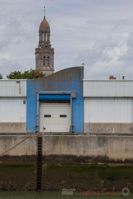 Quai de départ des camions frigorifiques, Port de pêche, Saint-Gilles-Croix-de-Vie, Vendée, Pays de la Loire
