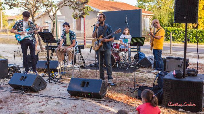Axelle and the mec(s) en concert. Festival Ouvre la voix, sation vélo de Créon, samedi 4 septembre 2021. Photographie © Christian Coulais