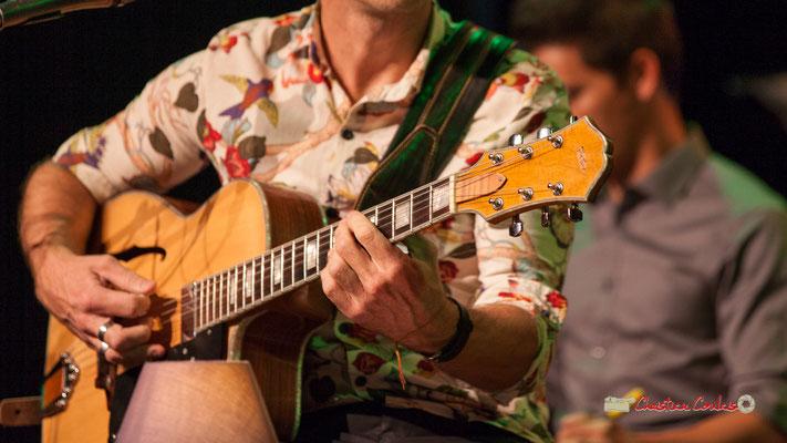 L'une des guitares de Rix, guitariste-chanteur-compositeur; The Rix'tet, soirée club JAZZ360, Cénac. 05/10/2019