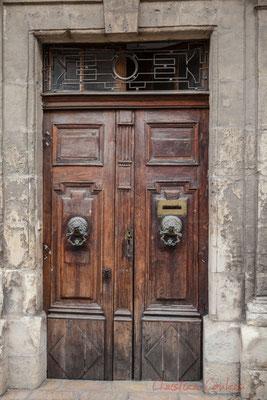 18 Porte double battant d'hôtel particulier, Arles