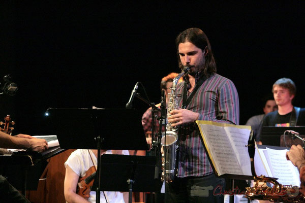 Saxophoniste ténor, Big Band du Conservatoire Jacques Thibaud, section MMA. Festival JAZZ360, Cénac. 03/06/2011