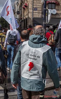 Observateur de la Ligue des Droits de l'Homme. Manifestation contre la réforme du code du travail. Place Gambetta, Bordeaux, 12/09/2017