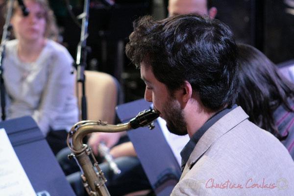 Saxophone ténor. Répétition du Conservatoire Jacques Thibaud, section MMA. Festival JAZZ360, Les coulisses du Festival à Cénac. 03/06/2011