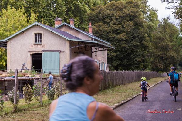 Ancienne gare de Frontenac. De Saint-Brice à Frontenac; 7km. Ouvre la voix, samedi 4 septembre 2021. Photographie © Christian Coulais