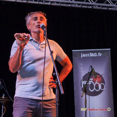 Vincent Michelet, adjoint au Maire de Latresne (culture, animation, patrimoine) présente le concert gratuit. Festival JAZZ360, Latresne, dimanche 9 juin 2019