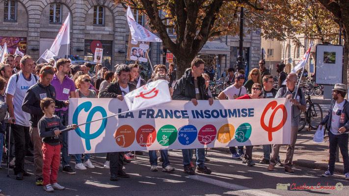 Fermeture du cortège par la France Insoumise. Manifestation intersyndicale de la Fonction publique, place Gambetta, Bordeaux. 10/10/2017