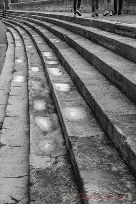 """23 """"Usures"""" Quai Max Dormoy, Arles"""