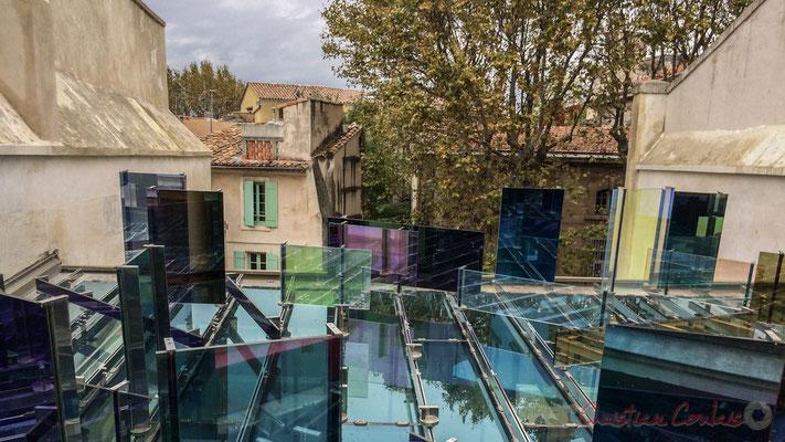 Fondation Vincent van Gogh, Arles. La maison violette bleue verte jaune orange rouge, 2013, Raphaël Hefti