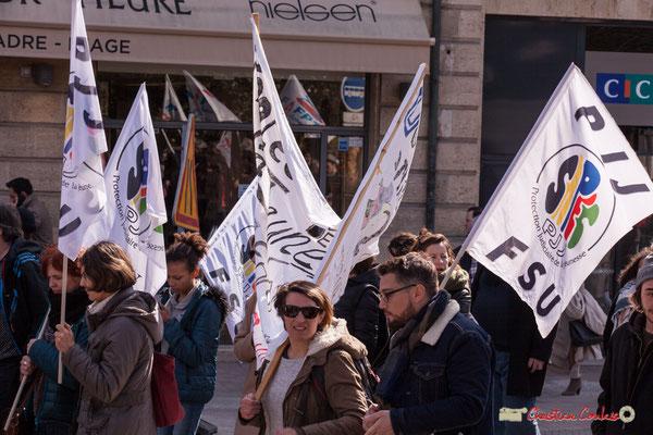 15h04 PIJ/FSU Protection Judiciaire de la Jeunesse. Manifestation intersyndicale de la Fonction publique/cheminots/retraités/étudiants, place Gambetta, Bordeaux. 22/03/2018