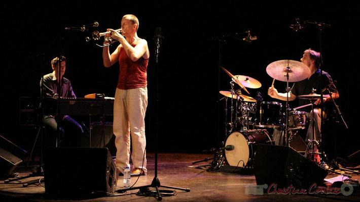 "Franck Woeste, Médéric Collignon, Philippe Gleizes; Médéric Collignon ""Jus de Bocse"". Festival JAZZ360 2011, Cénac. 04/06/2011"