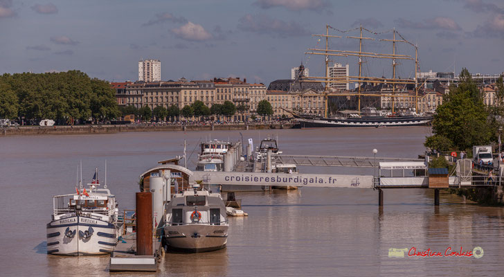 Ponton Yves Parliers et le Krusenstern. Bordeaux, 22/06/2019 Reproduction interdite - Tous droits réservés © Christian Coulais