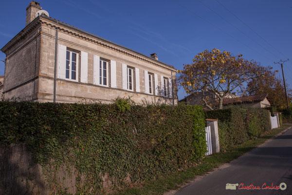 2 Habitat vernaculaire. Avenue de Mons, Cénac, Gironde. 16/10/2017
