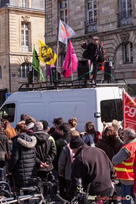 """14h45 Sud Solidaires """"Captation vidéo"""" Manifestation intersyndicale de la Fonction publique/cheminots/retraités/étudiants, place Gambetta, Bordeaux. 22/03/2018"""