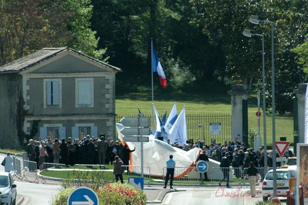 Inauguration de l'Aérocampus Aquitaine, sur le rond-point de l'Aérocampus Aquitiane, devant les grilles du Château de Latresne