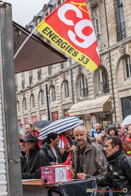 "CGT Energies 33 ""Bag in Box & Sandwichs, Yes we can !"" Manifestation contre la réforme du code du travail. Place Gambetta, Bordeaux, 12/09/2017"