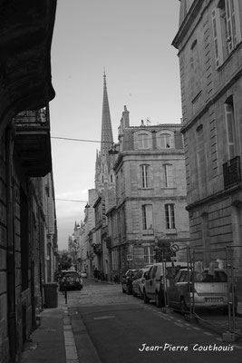 Quartier Saint-Michel, Bordeaux. Mercredi 24 juin 2020. Photographie © Jean-Pierre Couthouis