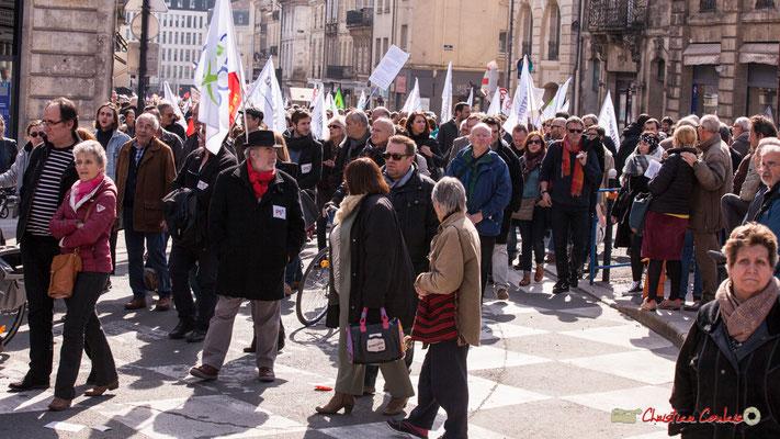 15h05 Manifestation intersyndicale de la Fonction publique/cheminots/retraités/étudiants, place Gambetta, Bordeaux. 22/03/2018