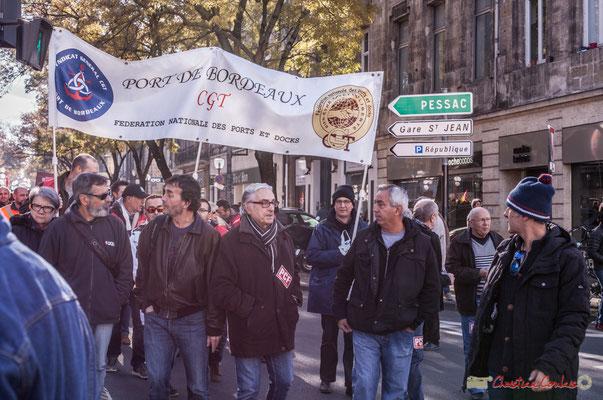 CGT Port de Bordeaux. Manifestation intersyndicale contre les réformes libérales de Macron. Cours d'Albret, Bordeaux, 16/11/2017