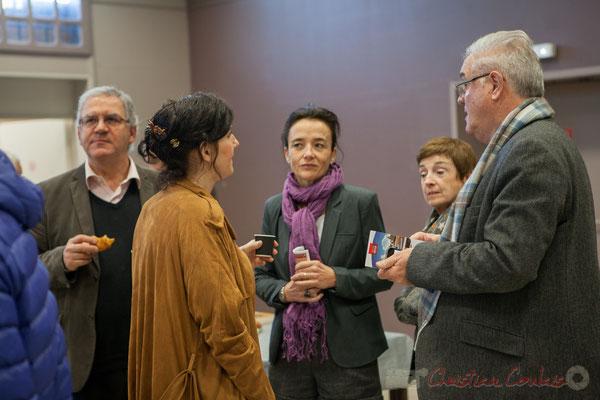 Au centre, Mathilde Feld, Présidente de la CDC du Créonnais, Conseillère municipale de Créon