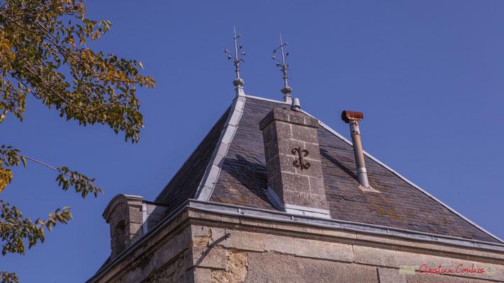 Détail de la toiture de la Villa Argentina, avenue de la République, Cénac, Gironde. 16/10/2017