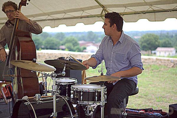 Guillaume Vallot, Hugo Raducanu; Naxee Quintet, Festival JAZZ360 2012, château Lestange, Quinsac. 10/06/2012