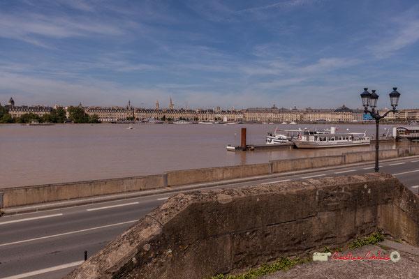 Depuis le quai de Queyries, le Port de la Lune. Bordeaux, 22/06/2019 Reproduction interdite - Tous droits réservés © Christian Coulais