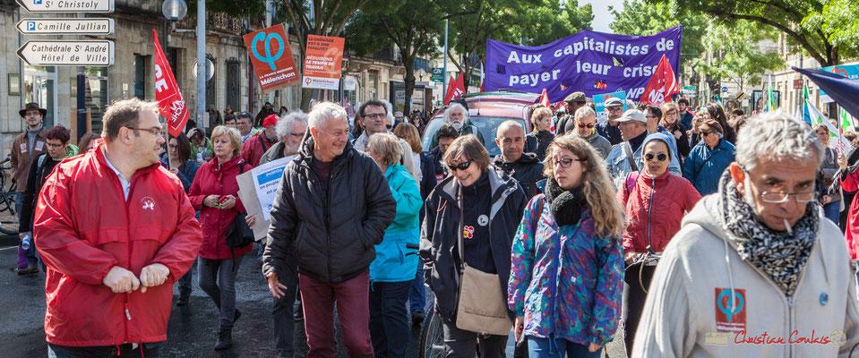 """""""Réduisons le temps de travail"""" Manifestation du 1er mai 2017, avec la France Insoumise, cours d'Albret, Bordeaux"""