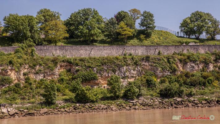 Le verrou de l'estuaire, incluant les fortifications Vauban, est inscrit sur la Liste du patrimoine mondial de l'UNESCO depuis 2008. Il n'aurait jamais servi. 06/05/2018