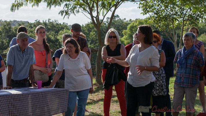 L'ancienne ministre, Cécile Duflot est venue ce 29 septembre 2016, soutenir élus et riverains de la distillerie Douence à Saint-Genès-de-Lombaud