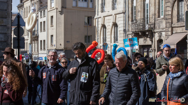"""""""Protégeons les biens communs"""" Manifestation du 1er mai 2017, avec la France Insoumise, place Gambetta, Bordeaux"""