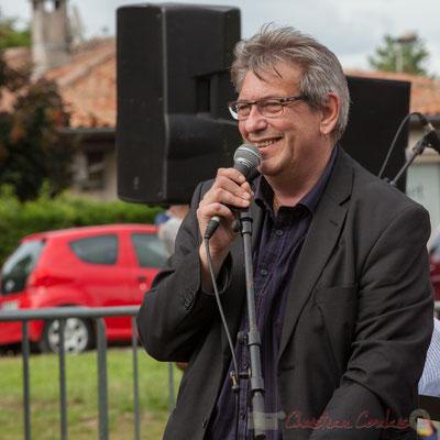 Franck Dijeau dirige le Big Band Jazz de l'école de musique de Cenon. Festival JAZZ360 2016, Cénac