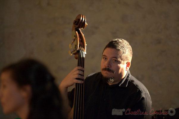 Timo Metzmaekers, Chorale Jazz des écoles de la CDC des Portes de l'Entre-Deux-Mers. Festival JAZZ360 2012, église Saint-André, Cénac. 08/06/2012