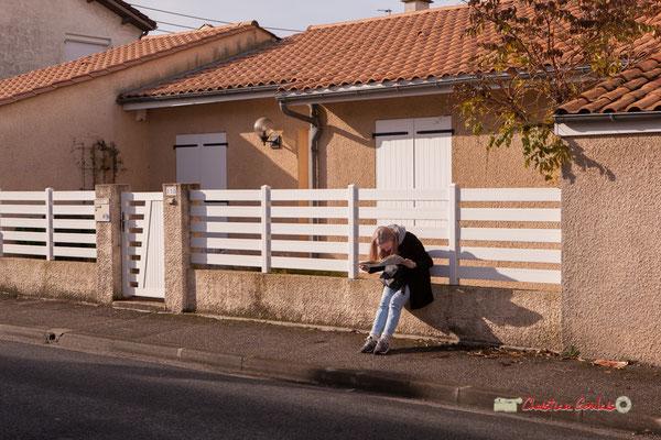 Eva la touriste; Regards en biais, Cie La Hurlante, Hors Jeu / En Jeu, Mérignac. Samedi 24 novembre 2018