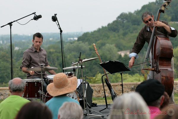 Didier Ottaviani, Iazid Ketfi; Philippe Bayle Trio. Festival JAZZ360 2011, Quinsac. 05/06/2011