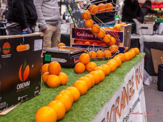 """""""Serpent orange"""" Marché des Capucins, Bordeaux. Samedi 6 mars 2021. Photographie © Christian Coulais"""