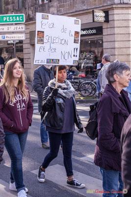 """FIDL, syndicat étudiant """"C'est de la sélection, et c'est non ! !"""" Manifestation intersyndicale contre les réformes libérales de Macron. Cours d'Albret, Bordeaux, 16/11/2017"""