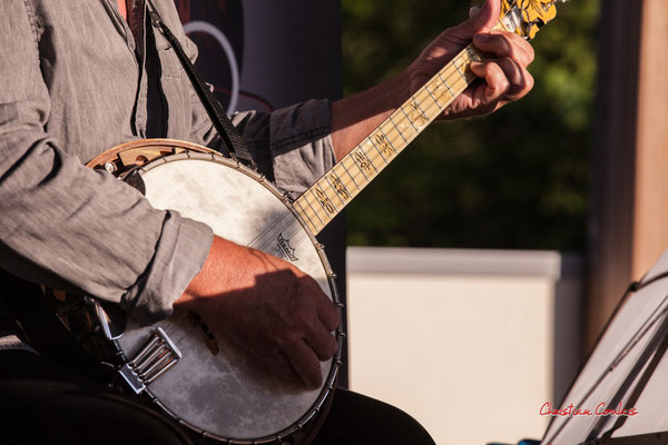 """""""Banjo 1"""" Jean-Michel Plassan ; Crawfish Wallet. Vendredi 25 juin 2021, M.A.S. LADAPT, Camblanes-et-Meynac. Photographie © Christian Coulais"""