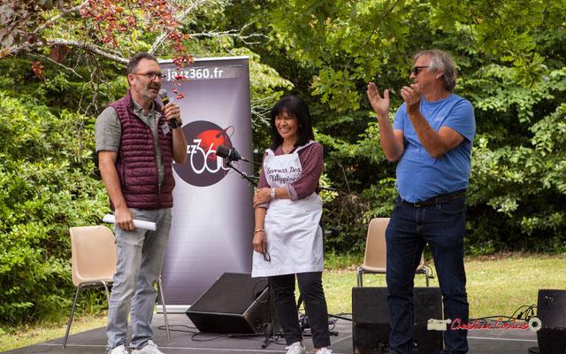 Applaudissements du public à François Sick. Festival JAZZ360 2019, Château Duplessy, Cénac, lundi 10 juin 2019