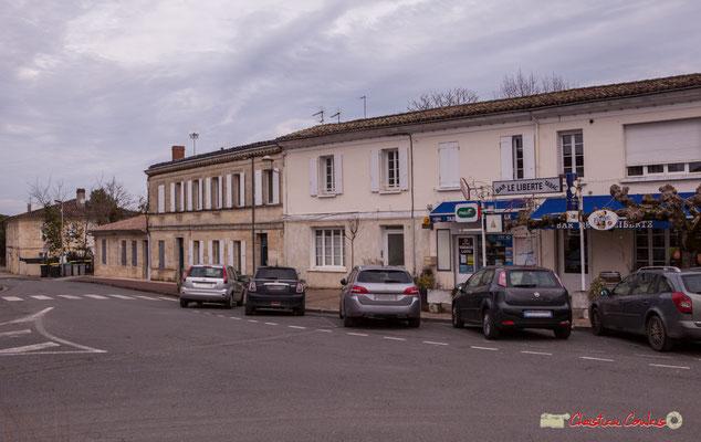 Le bourg, bar Le Liberté par Christian Coulais. Cénac d'aujourd'hui. 13/01/2018
