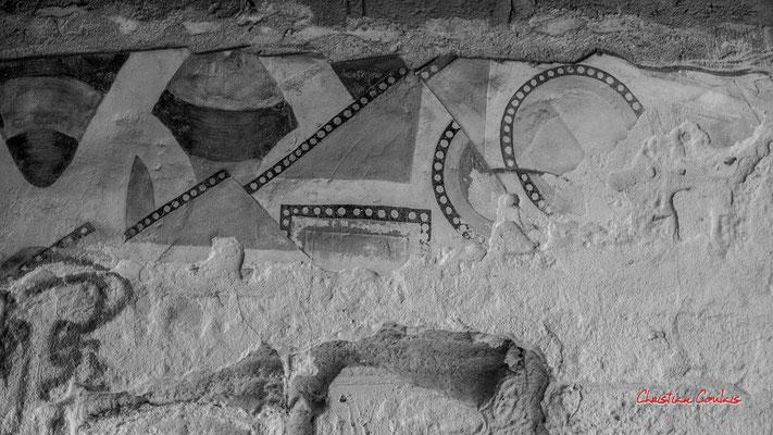 """1/4 """"Fresque murale d'une certaine époque..."""" Quartier Saint-Michel, Bordeaux. Mercredi 24 juin 2020. Photographie © Christian Coulais"""