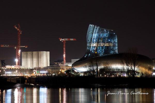 La Cité de la culture et des civilisations du vin photographiée par Jean-Pierre Couthouis. Bordeaux, 27 février 2019