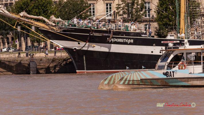 """""""Proues côte à côte"""" Krusenstern / Bat3. Bordeaux, 22/06/2019 Reproduction interdite - Tous droits réservés © Christian Coulais"""