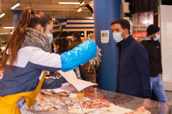 """""""ça va suffire ?"""" Marché des Capucins, Bordeaux. Samedi 6 mars 2021. Photographie © Christian Coulais"""