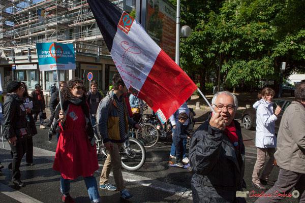 """""""Protégeons les biens communs"""" Manifestation du 1er mai 2017, avec la France Insoumise, cours d'Albret, Bordeaux"""