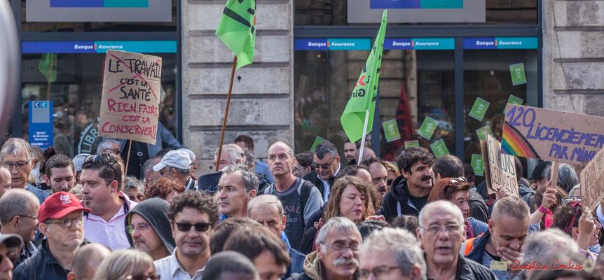 """""""Le travail c'est la santé, rien faire c'est la conserver"""" Manifestation contre la réforme du code du travail. Place Gambetta, Bordeaux, 12/09/2017"""
