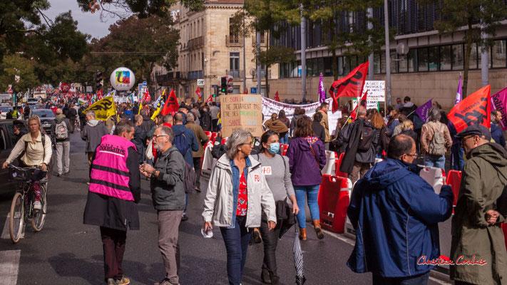 Manifestation intersyndicale, cours d'Albret, Bordeaux, mardi 5 octobre 2021. Photographie © Christian Coulais