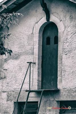 Porte du pigeonnier du Domaine de Malagar. Centre François Mauriac, Saint-Maixant. 28/09/2019 Reproduction interdite - Tous droits réservés © Christian Coulais